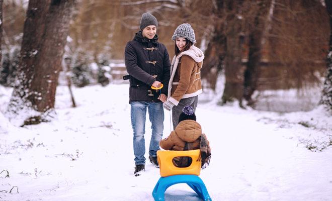 как гулять с ребенком зимой